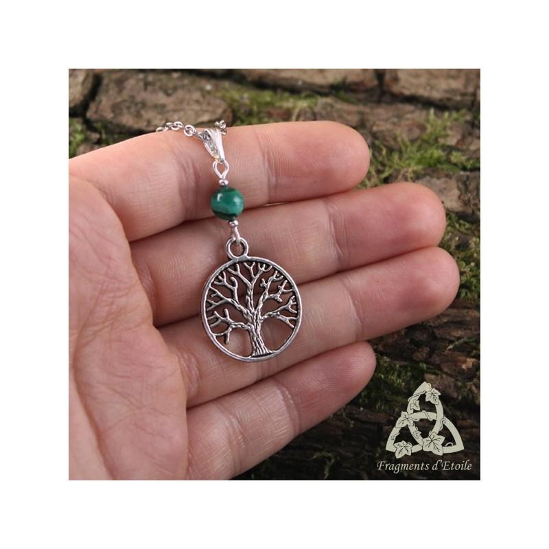Collier elfique celtique arbre de vie yggdrasil malachite vert for t argent sot risme m di val - Arbre a collier ...