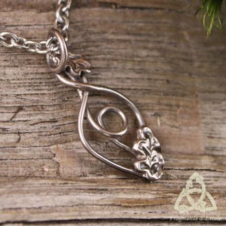 Collier Ondolya volutes elfiques - feuilles de Chêne