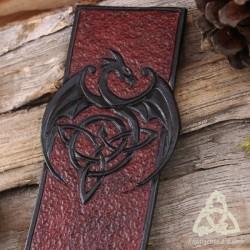 Marque page cuir repoussé médiéval fantastique Dragon et Triquetra noeud celtique Marron et Noir artisanal fait-main