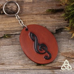 Porte Clés médiéval celtique en cuir tannage végétal marron brun orné d'une Clef de Sol noire repoussée