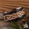 Bracelet celtique Cuir repoussé entrelacs infinis marron foncé beige médiéval viking