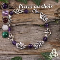 Bracelet féerique petites Feuilles Elfiques argentées et perles en pierre naturelle grenat rouge foncé médiéval Art Nouveau