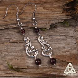 Boucles d'oreilles victoriennes féeriques volutes nature argenté Art Nouveau médiéval Grenat rouge bijou gothique sorcière wicca