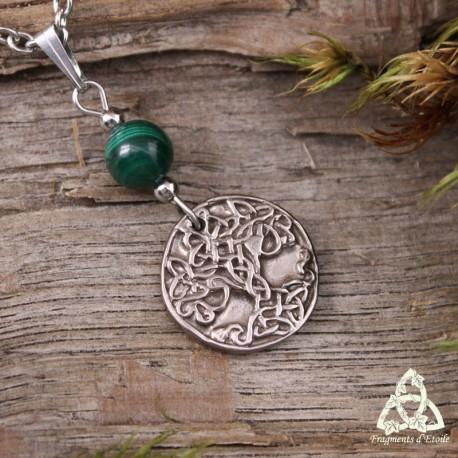 Collier Sacred Tree Arbre de Vie Sacré style ancien en bronze argenté et perle de Malachite vert foncé