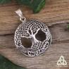Pendentif féerique Arbre de Vie en argent orné d'entrelacs celtiques ajourés reliant les feuilles et les racines.