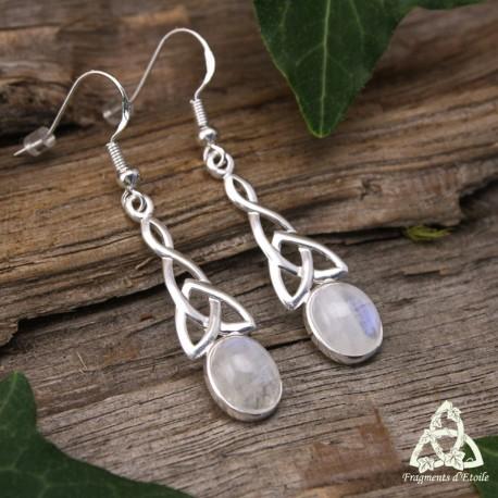 Boucles d'oreilles noeud celtique Triquetra en Argent massif et pierre gemme naturelle Péristérite blanche aux reflets bleu