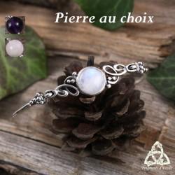 Bracelet elfique en Argent orné de fines volutes de style Art Nouveau ondulant autour d'une pierre gemme naturelle