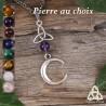 Collier médiéval croissant de lune ascendant argenté surmonté d'une triquetra celtique et d'une perle en pierre gemme naturelle