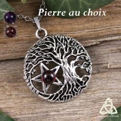 Collier wicca Sorcière composé d'un Arbre de Vie argenté et ajouré abritant un Pentacle orné d'une Pierre naturelle