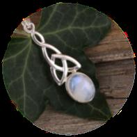 Péristérite (Pierre Lune arc-en-ciel) blanche aux reflets bleu